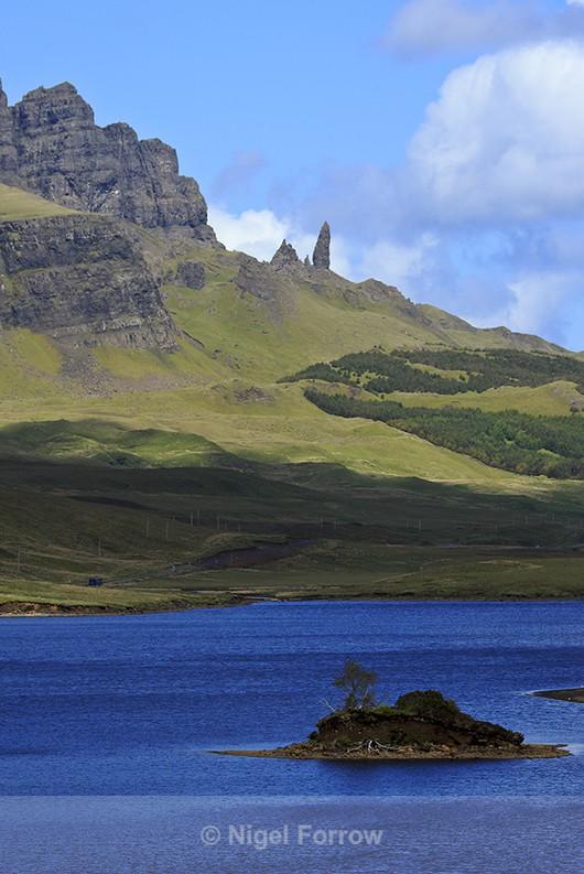 Old Man of Storr & Loch Leathan, Isle of Skye - Scotland