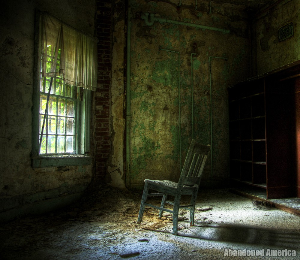 The Glory of Being Alone | Abandoned America
