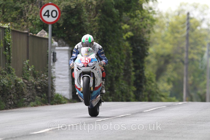 IMG_0907 - Superstock - 2013