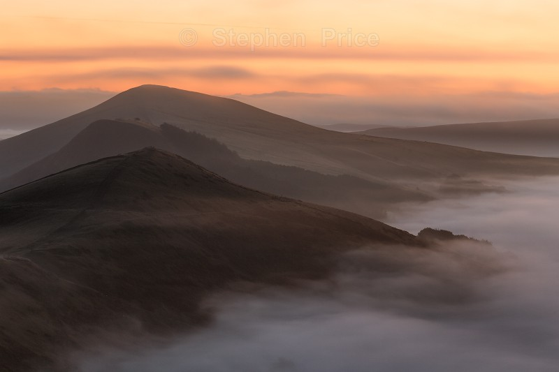 Misty Sunrise Mam Tor Peak District | Derbyshire Sunrise