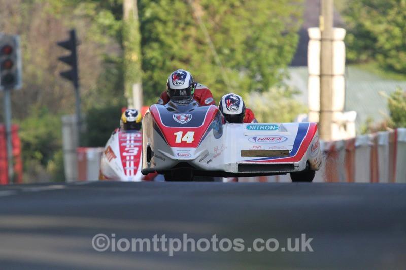 IMG_5464 - Thursday Practice - TT 2013 Side Car