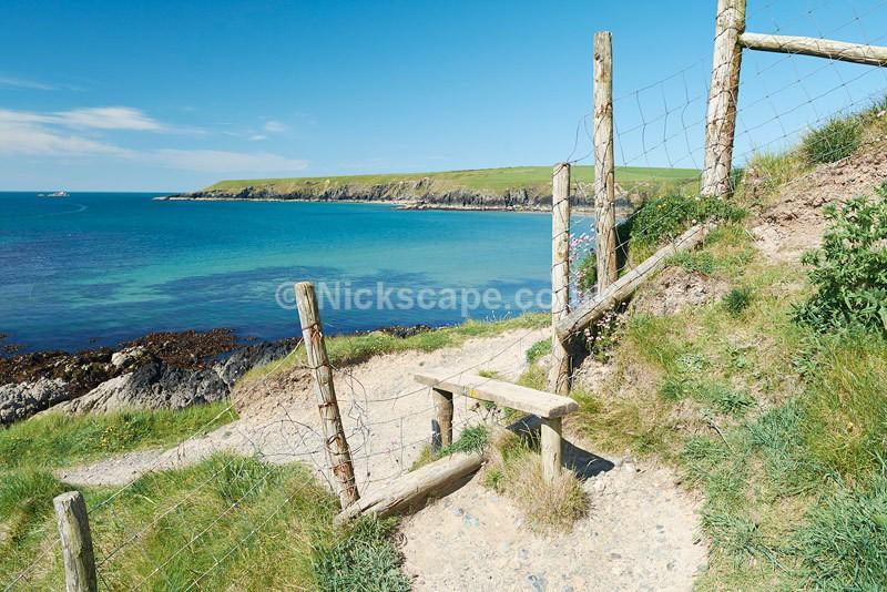 Coast Path Porth Oer - Whistling Sands Beach - Llyn Peninsular - Wales - Latest Photos