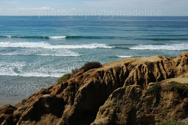 Sandstone bluffs - Seascapes of Southern California