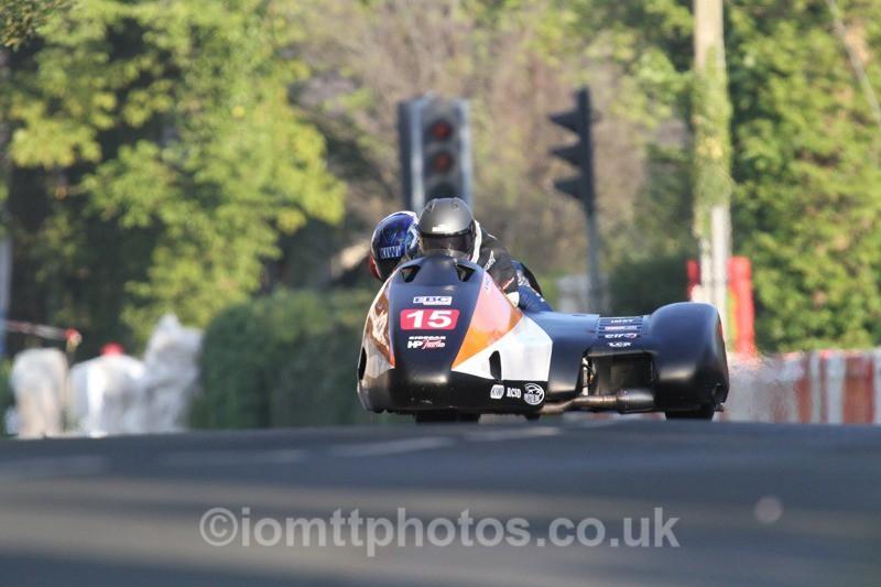 IMG_5475 - Thursday Practice - TT 2013 Side Car