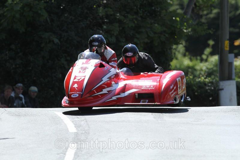 IMG_2375 - Sidecar Race 2 - TT 2013