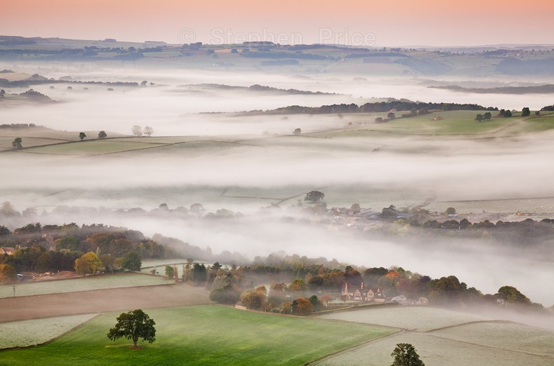 Misty Morning Peak District Photography | Baslow Edge