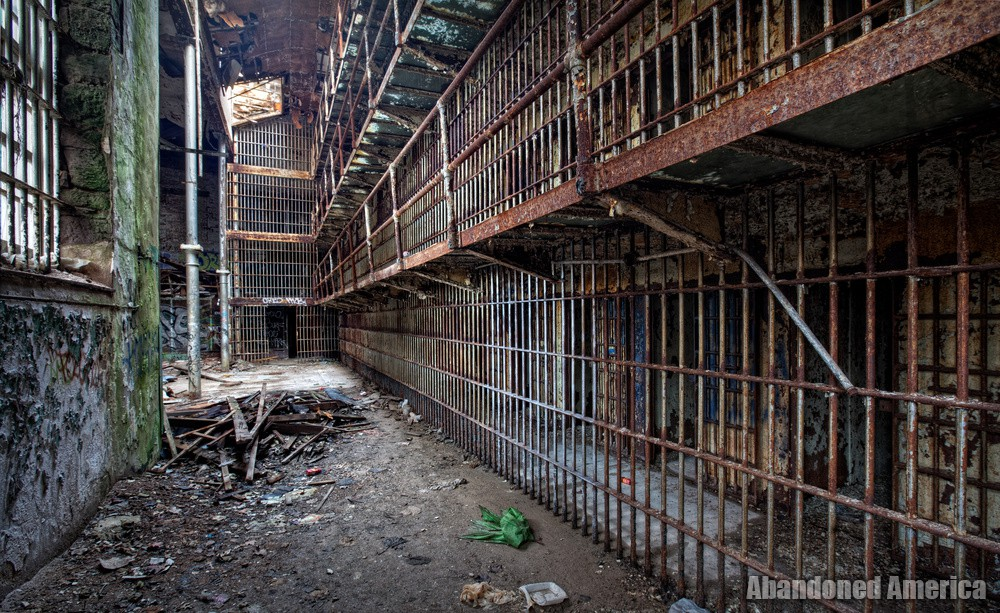 The old essex county prison newark nj abandoned america for Abandoned neighborhoods in america