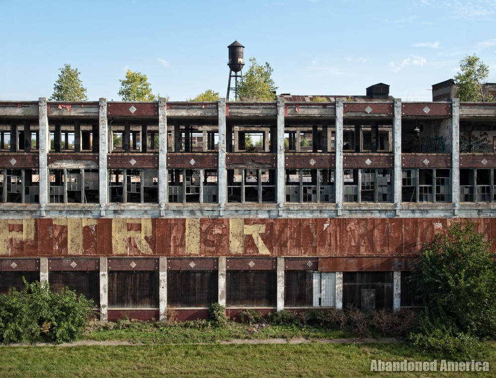 The Remains of Detroit's Packard Motor Car Company   Abandoned America