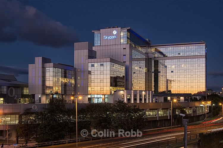 Skypark |  Finnieston | Glasgow | photograph by Colin Robb
