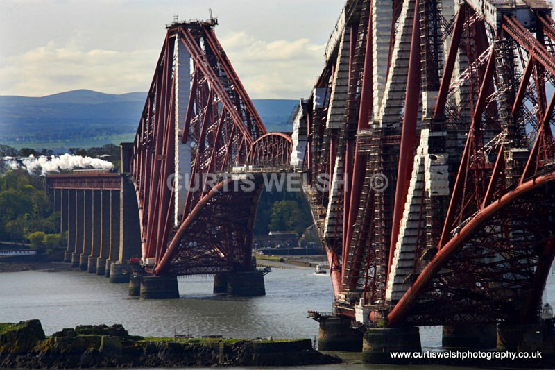 46115 - Forth Bridge crossing- Curtis Welsh - 17th April 2011 - Preserved Railways