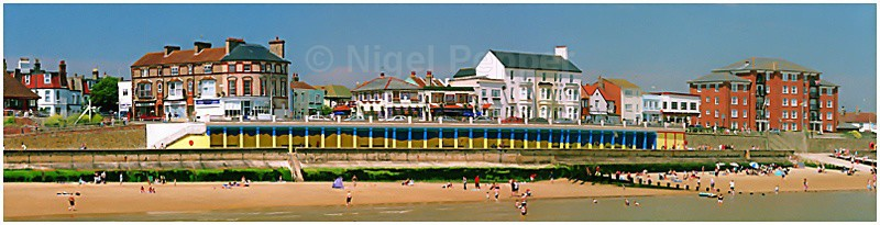 The Colonnade - Walton-on-the-Naze