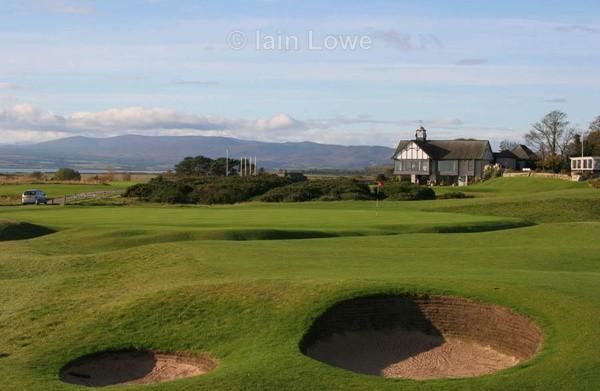Royal Dornoch 18th Green  Clubhouse - Royal Dornoch Golf Links