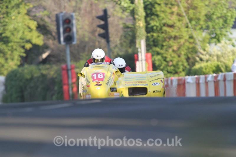 IMG_5481 - Thursday Practice - TT 2013 Side Car