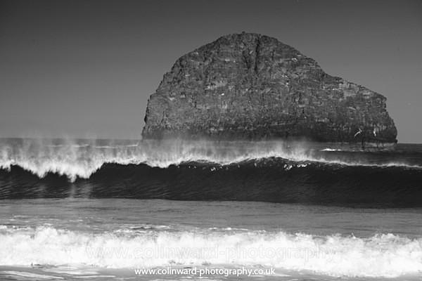 Trebarwith Strand     ref 2704 - Cornwall