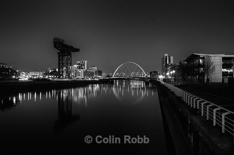 Finnieston Crane   Squinty Bridge Glasgow   photograph by Colin Robb