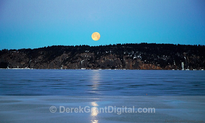 Full Moon Set - Long Island Rothesay New Brunswick - Sunset/Moonrise