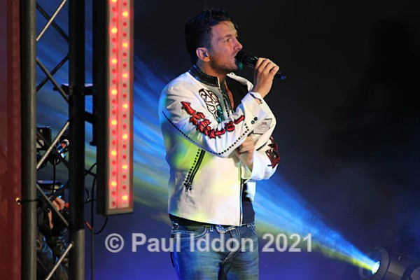 Peter Andre 2 - People