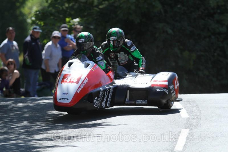 IMG_2398 - Sidecar Race 2 - TT 2013