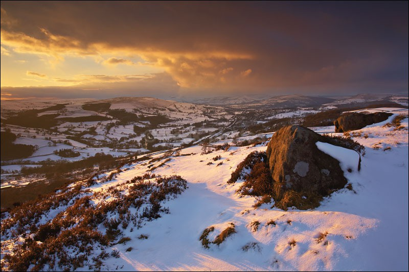 Millstone Edge Winter - Peak District Winter