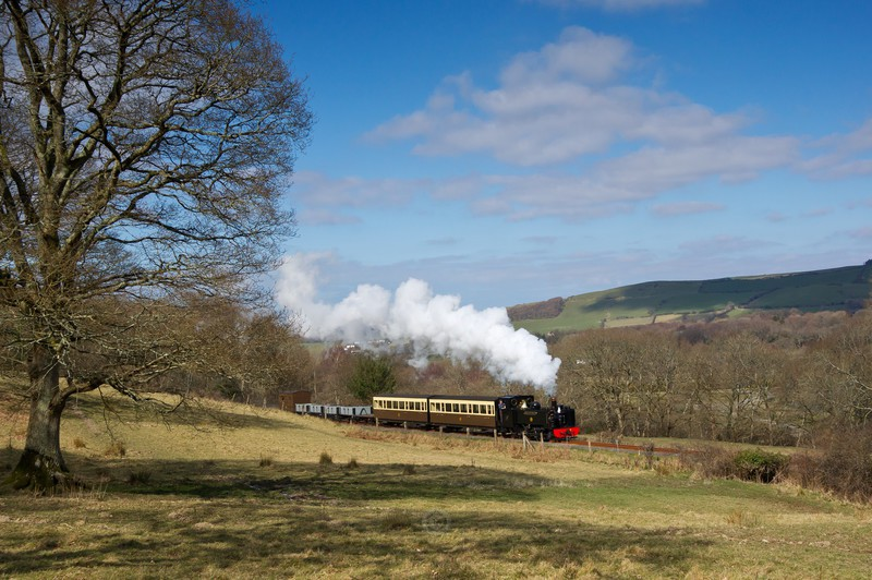 Heading up the valley - The Lure of Steam