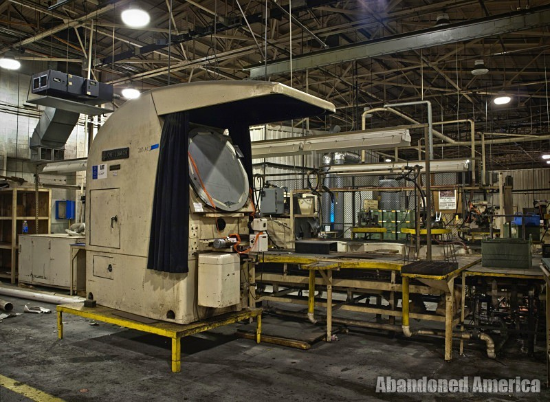 Abandoned Turbine Aerofoil Design factory - Matthew Christopher's Abandoned America