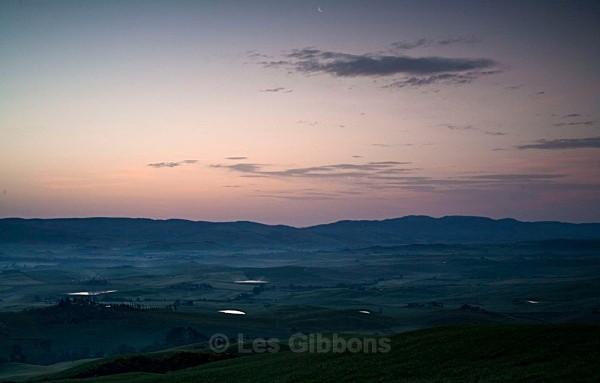 misty dawn - Tuscany