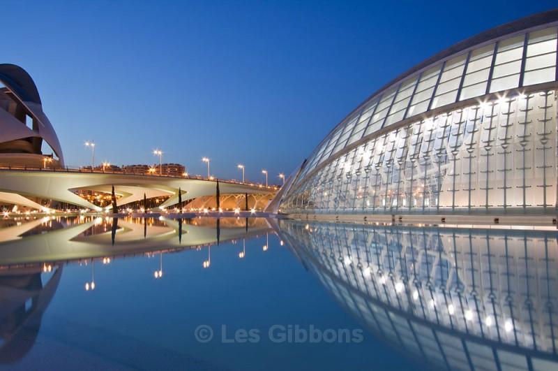hemisphefic and opera house night2 - Valencia