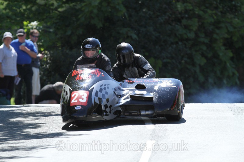 IMG_2389 - Sidecar Race 2 - TT 2013