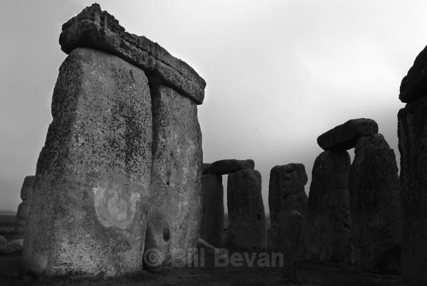 Mist Gathering - Stonehenge