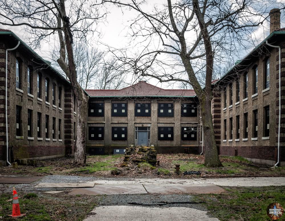 Ellis Island Immigrant Hospital | Blackened Windows - Ellis Island Immigrant Hospital
