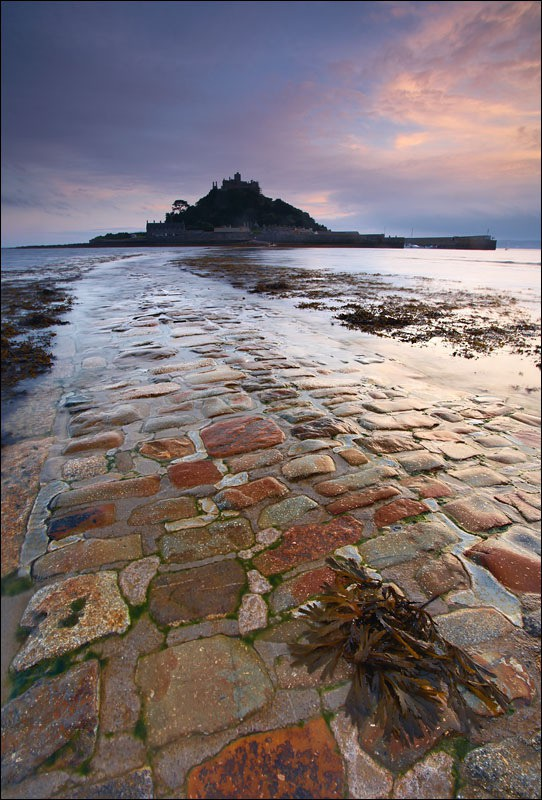 St Michaels Mount Causeway - Photographs of Cornwall