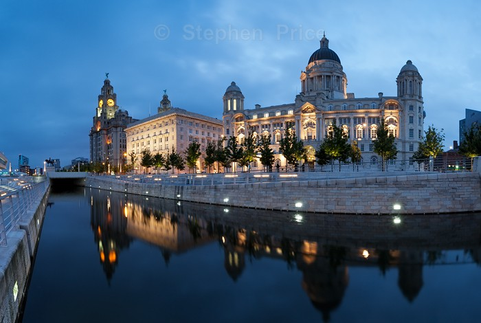 Liver Buildings | Liverpool Pier Head Photography Location