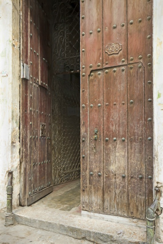 the door - Cuba