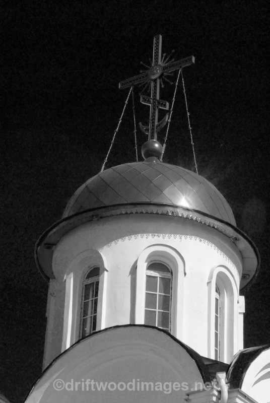 Murmansk Saviour on Waters church dome detail bw - Murmansk, Russia