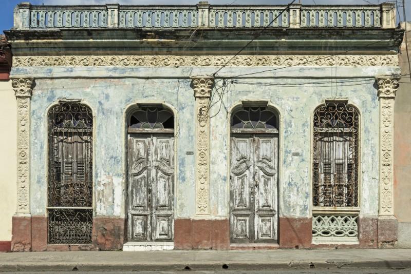 blue walls - Cuba