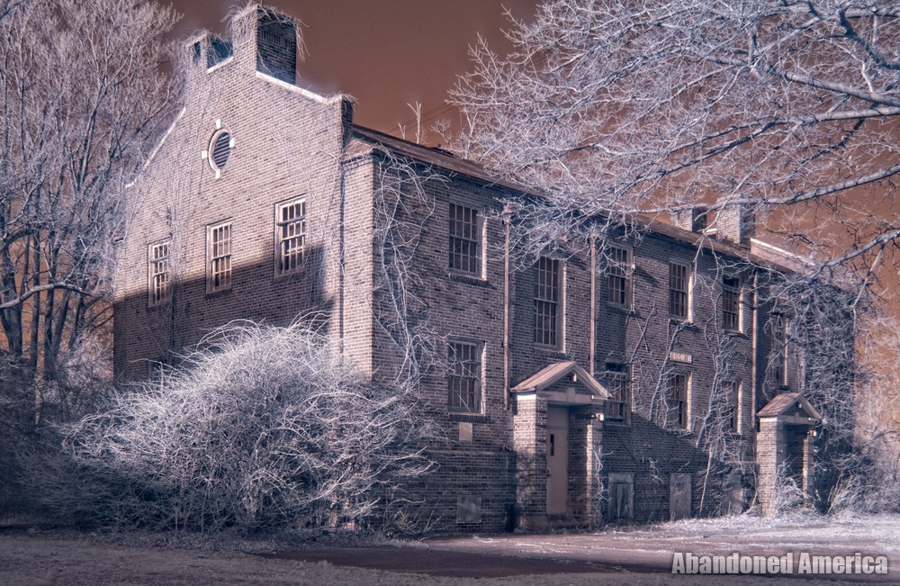 Pennhurst State School (Spring City, PA) | Infrared Audobon Hall - Pennhurst State School and Hospital