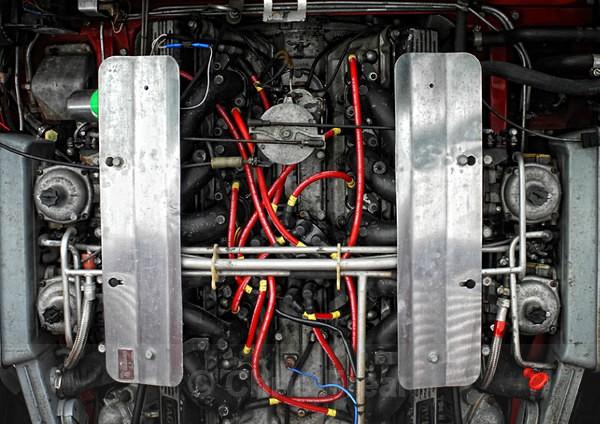 E-Type Jaquar V12 engine - Automotive