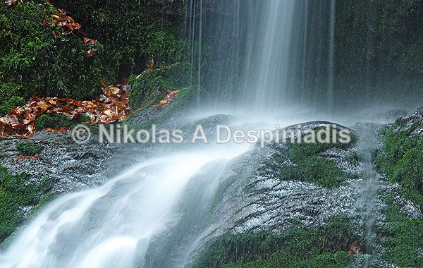 waterfall close up - Βόρεια Ελλάδα Ι North Greece