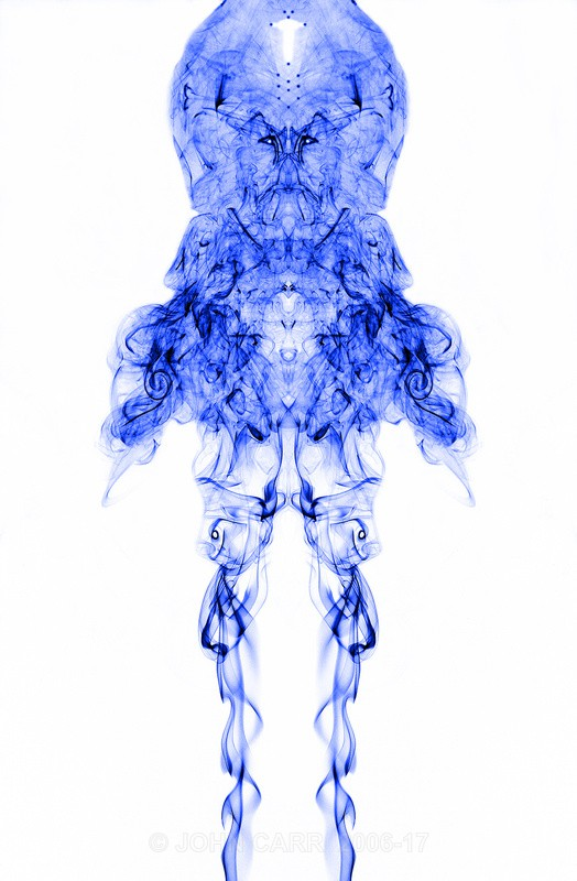 Blue Alien-0513 - SMOKE ART( The Alien invasion) PHOTOS