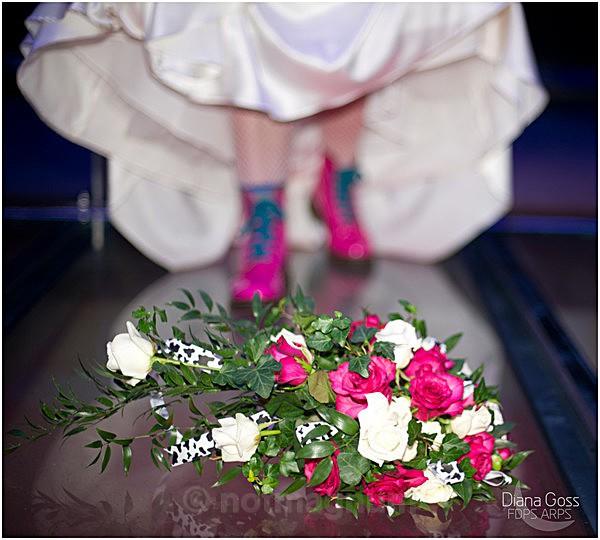 Brides bootsd & bouquet - WEDDING & SOCIAL