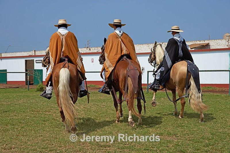 Tres Hombres - Peru