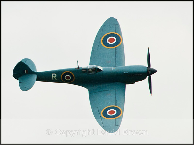 NM Air Pageant - Supermarine Spitfire - North Moreton Air Pageant