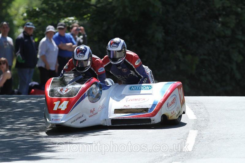 IMG_2309 - Sidecar Race 2 - TT 2013