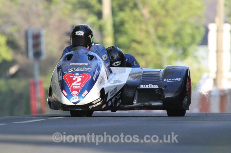 IMG_5443 - Thursday Practice - TT 2013 Side Car