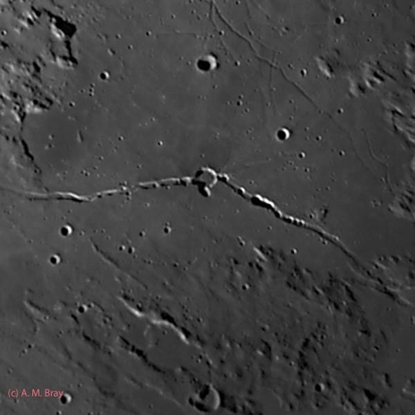 Rima Hyginus & Hyginus crater - Moon: Central Region
