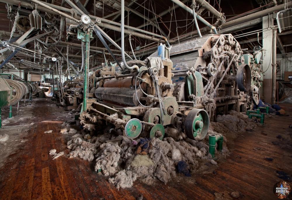 Wilde Yarn Mill (Manayunk, PA) | Like a Spider's Lair - Wilde Yarn Mill