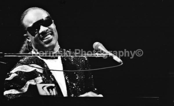 Stevie Wonder - MUSIC