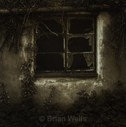 Broken Window - Windows and Doors/ Curtains and Wallpaper