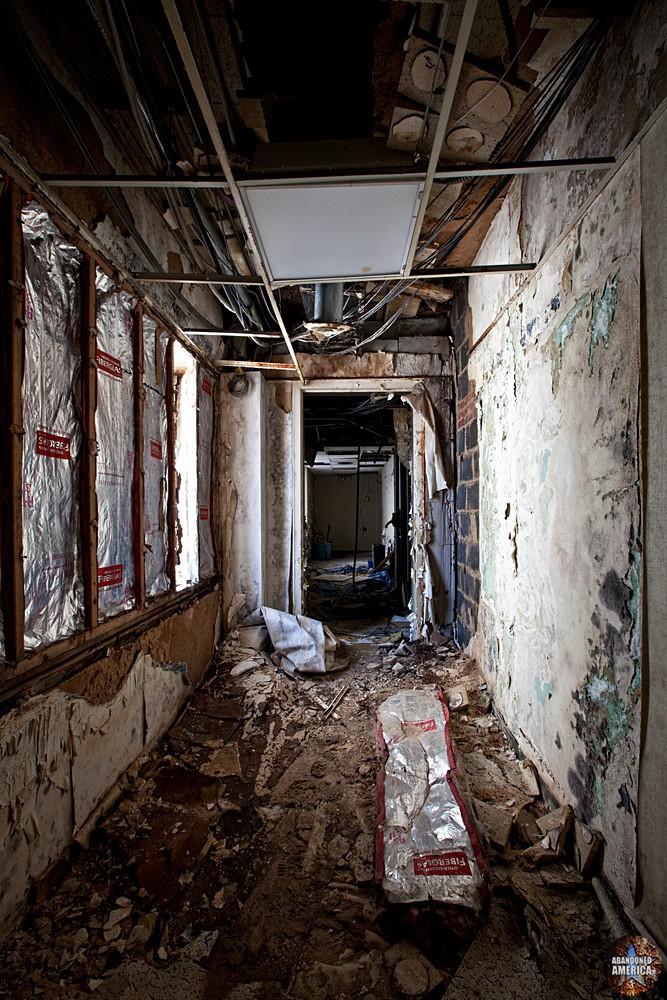 Abandoned radio station - WFBR Radio