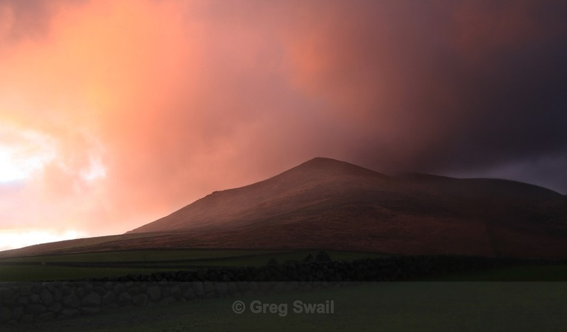 Binnian Afterglow - At the Foot of the Mountain